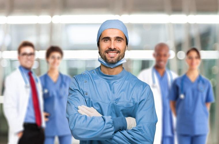 Chirurgia stomatologiczna i szczekowa warszawa-min