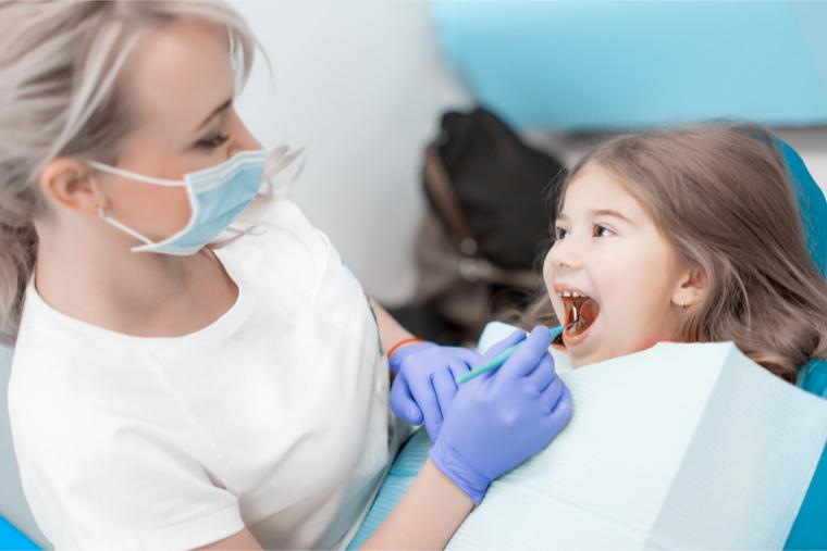 stomatologia dziecieca warszawa centrum