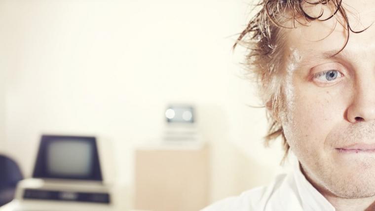 Czy stres może mieć wpływ na stan naszych zębów?