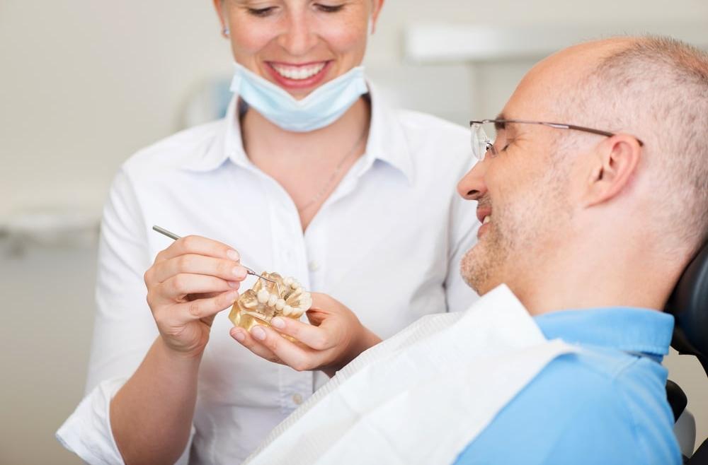 Korony zębowe – na co się zdecydować?