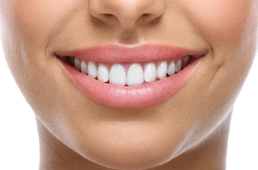 Wypróbuj swój nowy uśmiech już w 60 sekund!