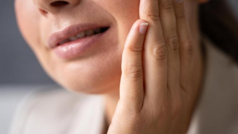 Leczenie próchnicy zębów z wykorzystaniem lasera – co musisz wiedzieć przed zabiegiem?